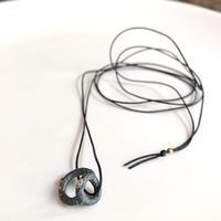 Jona  / yubiwa baby ring pendant / black
