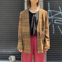 Vネック刺繍ジャケット