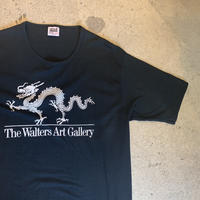 """The Walters Art Gallery"" ドラゴンTシャツ"