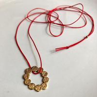 Jona / tenten  O  pendant /  gold