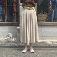 クレープ地スカート