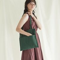 雰囲気のあるコットンリネン素材 linen flat tote