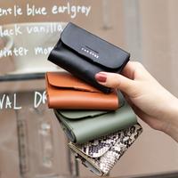 マイクロウォレットのレザー版 micro wallet