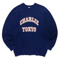 THE CHARLIE TOKYO COLLEGE LOGO SWEATSHIRT (NAVY × ORANGE)
