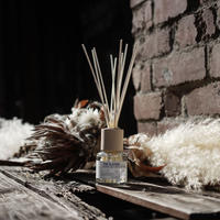DIFFUSER: No. 81 - MAKE UP