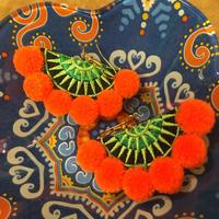 オレンジポンポンピアス boho エスニック hippie
