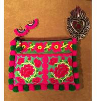 ポンポン刺繍ポーチ ピンク×グリーン エスニック ボヘミアン boho  hippie  ヒッピー モン族
