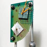 Psychedelic design clock