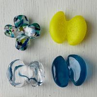プラスの形と蝶々のはしおき4個セット(マットネオンイエロー・ブルーミックス・水色マーブル・ターコイズブルー②)
