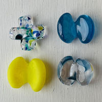 プラスの形と蝶々のはしおき4個セット(マットネオンイエロー・ブルーミックス・水色マーブル・ターコイズブルー①)