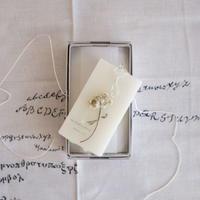 card_yaさんの蜜蝋の植物標本   botanical tablet ヘリクリサム