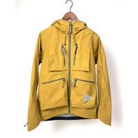 and wander/e Vent dropping poket rain jacket