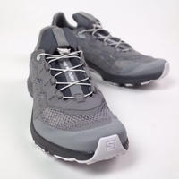 and wander/reflective mesh sneaker by salomon