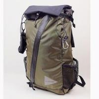and wander 30L backpack -khaki