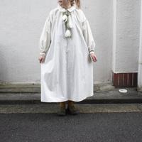 ritsuko karita   plain   slit&volume dress (cream)