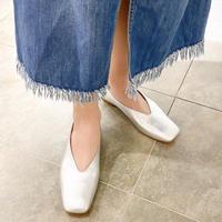 スクエアVカットフラットシューズ / Square V-Cut Flat Shoes L0205(SILVER)