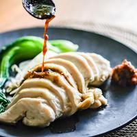 丸亀餃子の塩麹サラダチキン