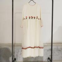 ETTA Selection シルク100%ハンド刺繍/ドレス/クリーム