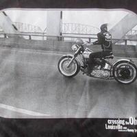 DANNY LYON Crossing the Ohio フォト Tシャツ S ブラック 黒 ダニー ライアンThe Bikeridersバイク 写真家 写真集ART美術館【deg】