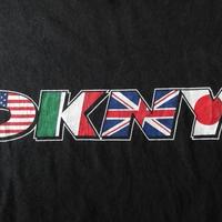 90's USA製 DKNY 国旗柄 ロゴ Tシャツ L ブラック Donna Karan NYCダナ キャラン ニューヨーク ビッグシルエット オーバーサイズ ダンス【deg】