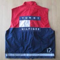 90's TOMMY HILFIGER Team Lotus コラボ バック ゼッケン ベストM チームロータスCarsジャケット ブルゾン ジョニー・ハーバート 中嶋悟【deg】