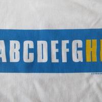 90's ケイ ローゼン FOTOFOLIO ABCDEFGHI BOX ロゴ Tシャツ XL KAY ROSENボックス メッセージ 言語 アルファベットART芸術 現代美術 美術館【deg】
