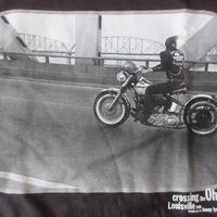 DANNY LYON Crossing the Ohio フォト Tシャツ L ブラック ダニー ライアンThe Bikeridersバイク 写真家 写真集ART美術館 芸術【deg】