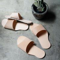 room shoes 姫路タンニンレザー・1枚革仕立てVibram社製ソール使用