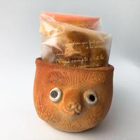 忠左衛門オリジナル手作り狸カップ(緋色)と山田牧場さんのお菓子セット