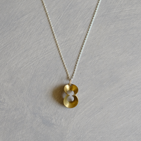 pump (S) brass necklace
