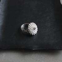 kiku (L) silver ring