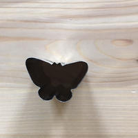 抜き型 蝶 中