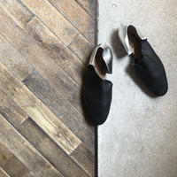 【U-712-22】2P SLIPON (SHRINK BLACK / FOILED SILVER)