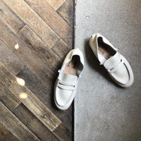 【U-807-10】LOAFER  (SHRINK BEIGE)