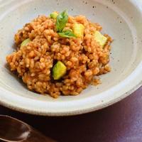 アボカドとバジルの   トマト玄米リゾット ×3パック