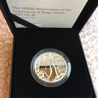 英国 2017 キングクヌート 戴冠1000周年 5ポンド銀貨・プルーフコイン イギリス ロイヤルミント シルバー 箱ケースあり