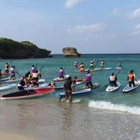 ウナギトラベル×たびーら女子旅 SUP(スタンドアップ・パドル・ボード)体験ツアー in 沖縄!2泊3日(往復ANA)お土産付き (身長10cm-20cmのお客様)