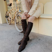lace-up leather long boots