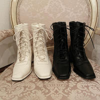 laceup leather boots