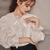 sweetie collar frill blouse