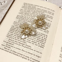 white pearl flower earring