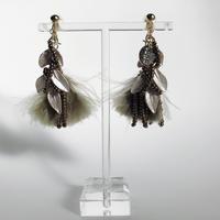 feather (khaki)