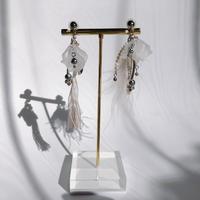 tie  earring