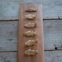 大江憲一, 箸置き 魚