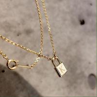 padlock necklace - Xmas限定 イニシャル刻印 -