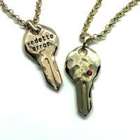 【Swarovski key necklace】