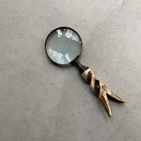 Magnifying Glass with Horn Handle(ツノを削った把手の虫眼鏡)