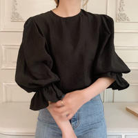puff sleeve frill blouse[black]