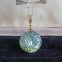 ヴィンテージ すみれ Pearl- Aurora(Clear/Green-Yellow)ネックレス