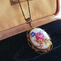 ヴィンテージ 薔薇と小花/陶器 アンティークGoldネックレス
